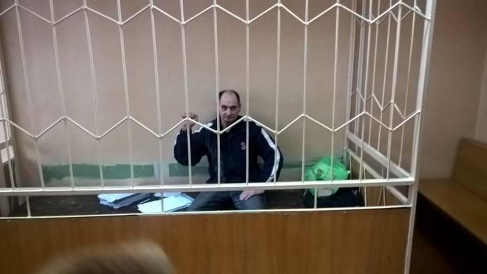 Витебскому активисту угрожали изнасилованием дубинкой и тем, что он будет ползать на коленях и кричать«я люблю СИЗО-2»