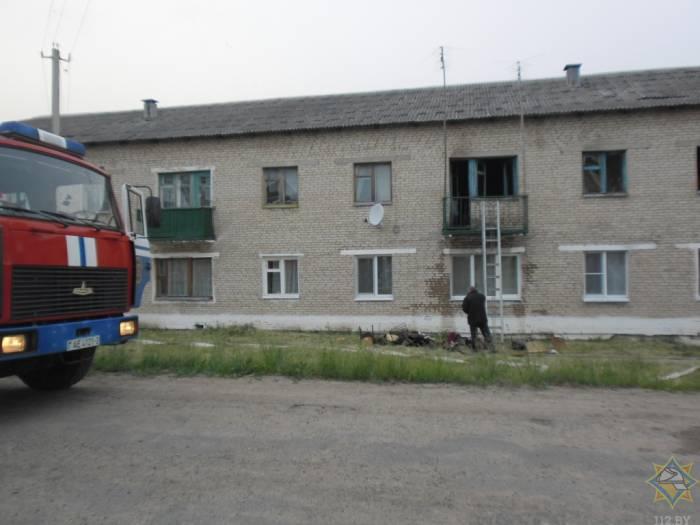 В поселке Октябрьский Чашникского района на пожаре погиб пенсионер. Кроме того, 2 человека спасены и 5 эвакуированы
