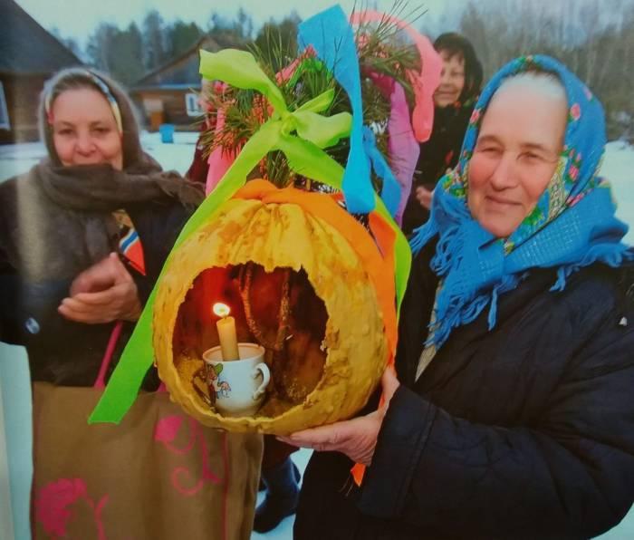 «Мяртвецкая ліхтарня»: Жуткие тыквы со свечой внутри. А вы знали, что главный атрибут Хеллоуина - это белорусская традиция?