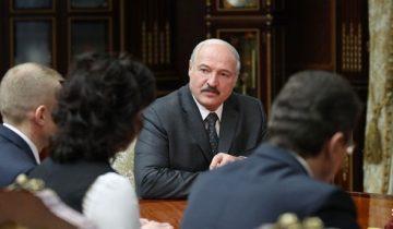 Лукашенко при назначении новых чиновников