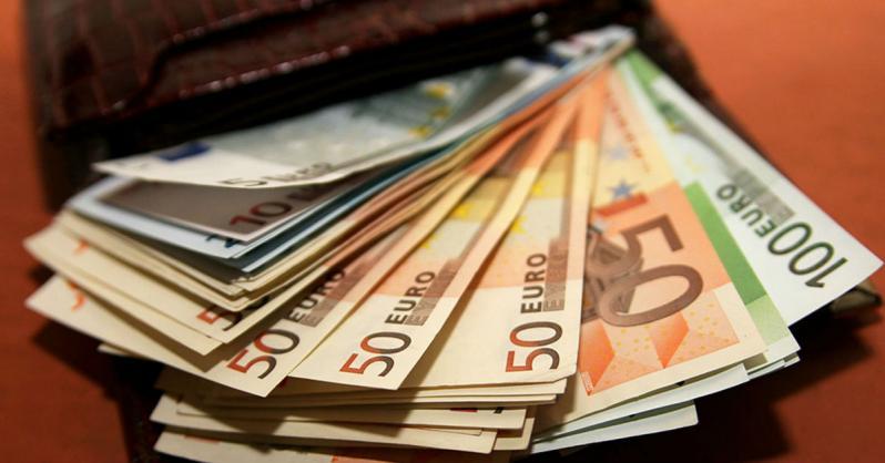 В Витебской области самый низкий показатель медианной зарплаты (голосование)