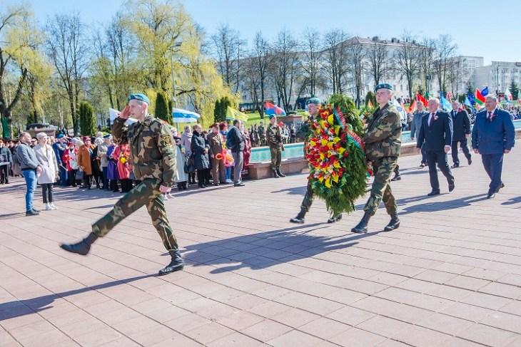 «Ніколі ізноў» ці «Парад Перамогі» у Віцебску