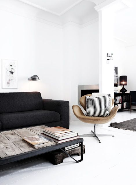 The Swan chair, designed for the SAS Royal Hotel in Copenhagen via Scandinavian Retreat