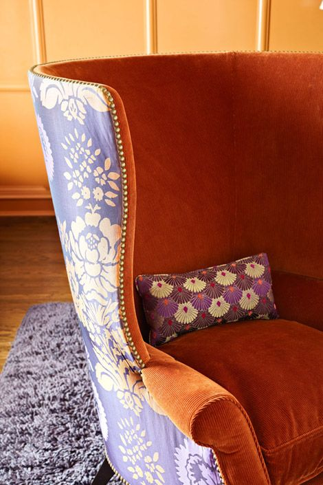 Orange and lilac, unexpected combination but it works! via Traditional Home