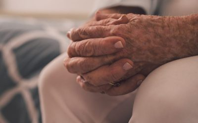 """""""Eenzaamheid bij Brusselse senioren moet actief aangepakt"""""""