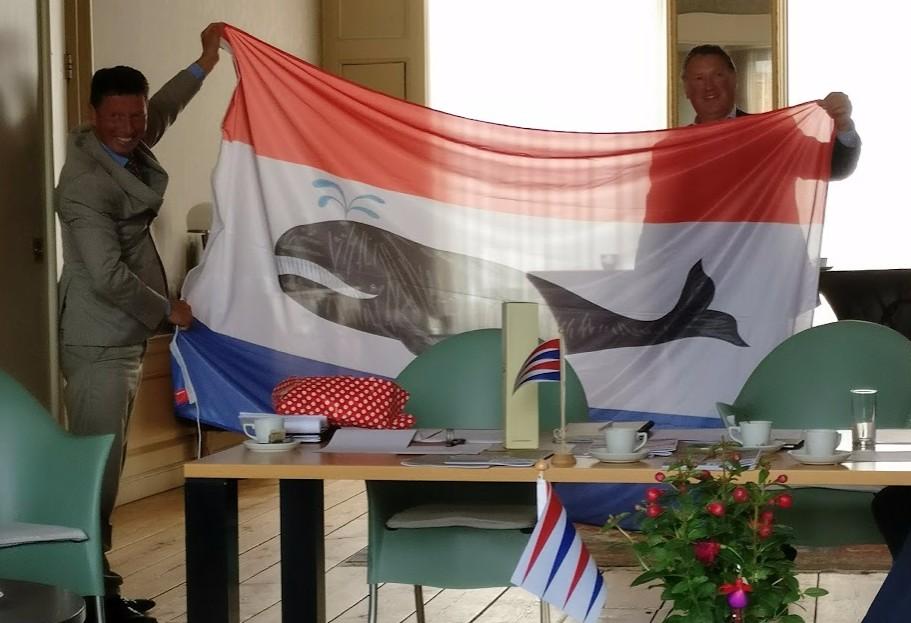 Afscheid Joost Schokkenbroek met vlag