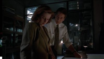 Mulder and Scully Humbug X Files image