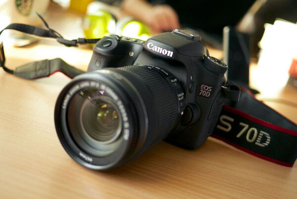 YouTube Vlogging DSLR