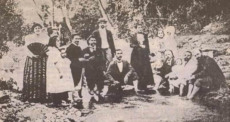 Goce Delcev and friends. Goce is the second man on the left.