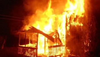 Трехлетний малыш погиб при пожаре в частном доме под Саратовом