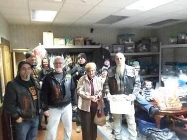 Erie Veterans Receive Thanksgiving Baskets -2