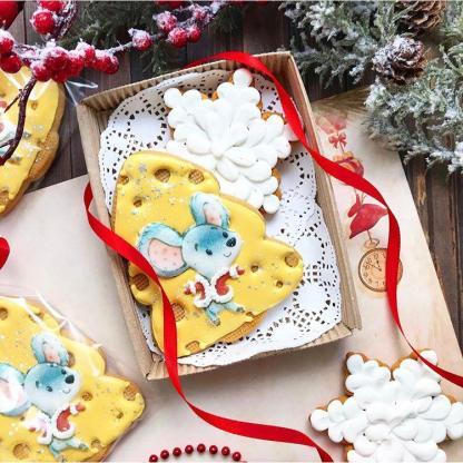 Новогодний имбирно-медовый пряник ручной работы в коробке «Сырный год»