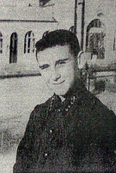 Юный железнодорожник Сема Вронский