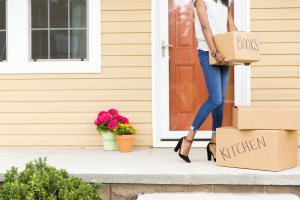 Moving_Boxes_Lifestyle-29
