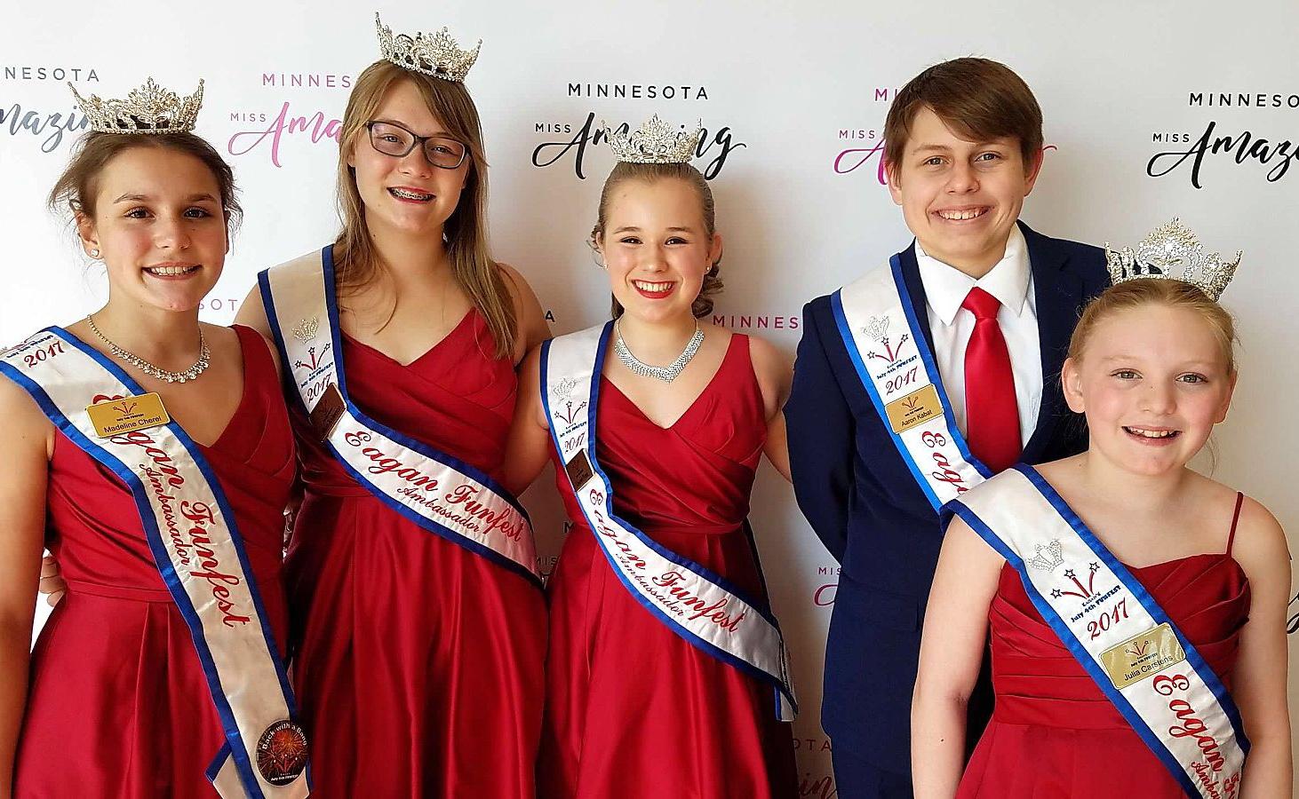 Photo courtesy of VMSS 7th grader Lauren Foss, center.