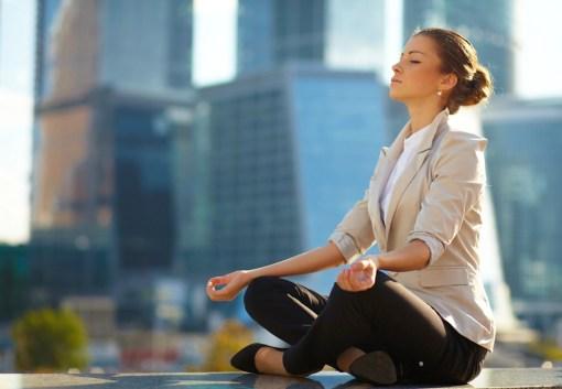 meditation-business-woman