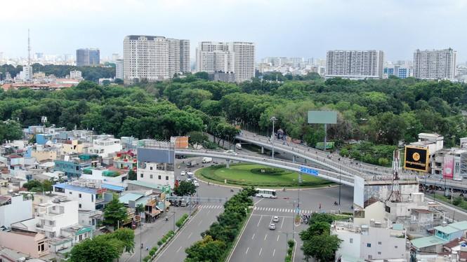 Chung cư 'trăm hoa đua nở' dọc đại lộ đẹp nhất Sài Gòn - ảnh 1