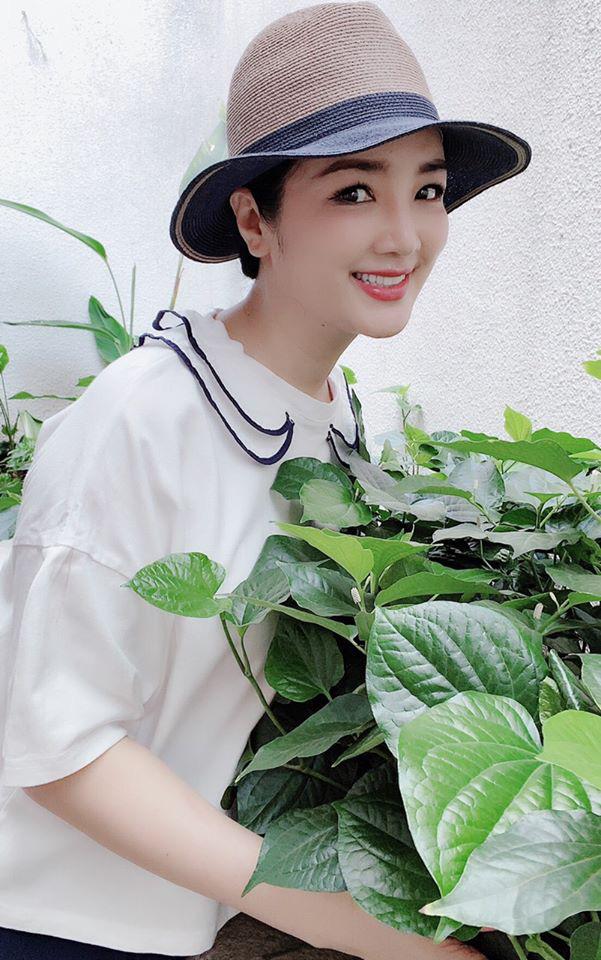 Hoa hậu Giáng My trồng rau và hoa quanh biệt thự trong lúc ở nhà trốn Covid-19 - Ảnh 8.