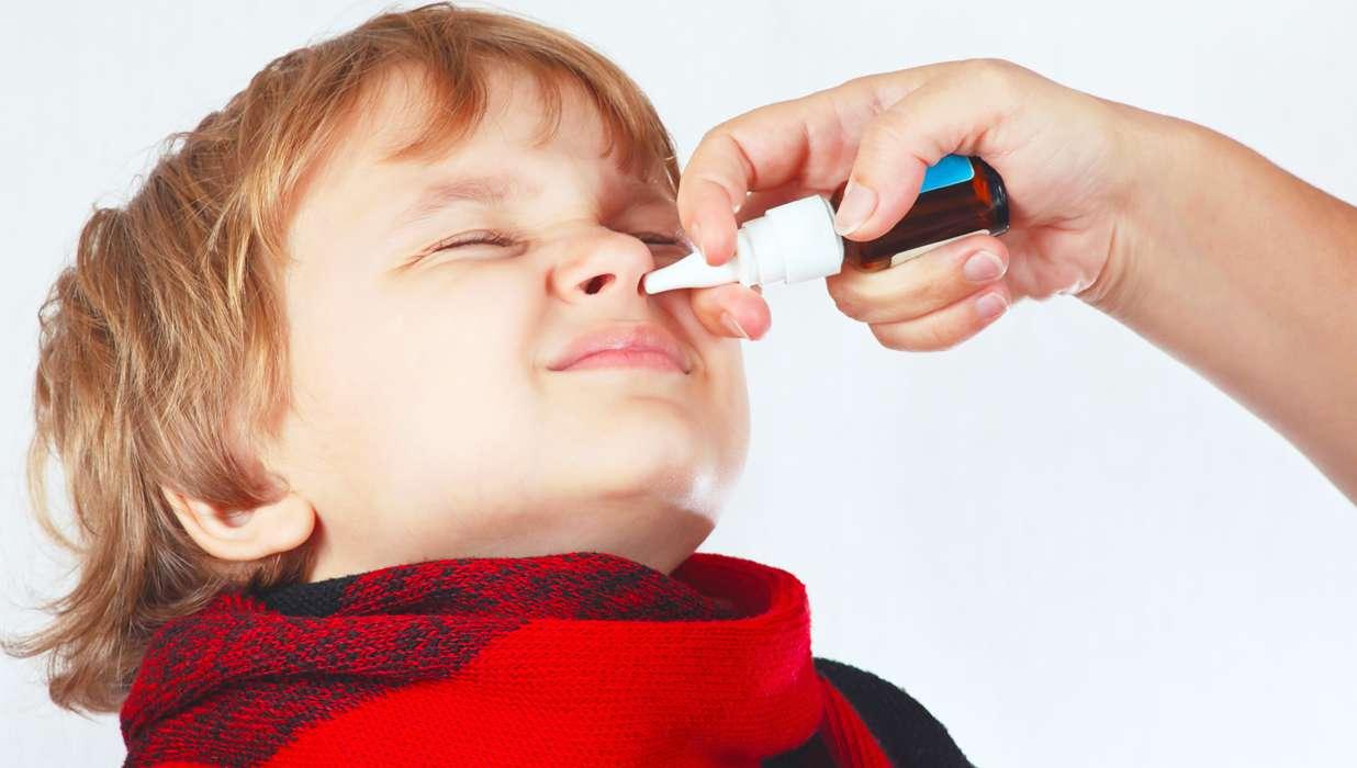 Смотреть Заложен нос без насморка: причины и способы лечения видео