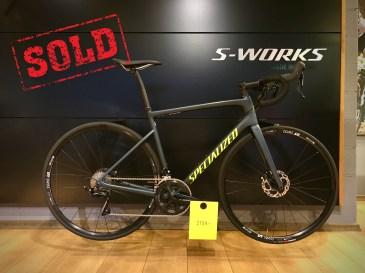 """MÜÜDUD. (UUS): 2019 Tarmac: 56-suurus, hind 2159€ (2700€). NB! Uus """"Riders first engineered"""" carbon-raam, hüdraulilised ketaspidurid."""