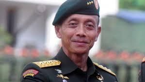 KSAD: Tangkap TNI yang Menjaga Diskotek!