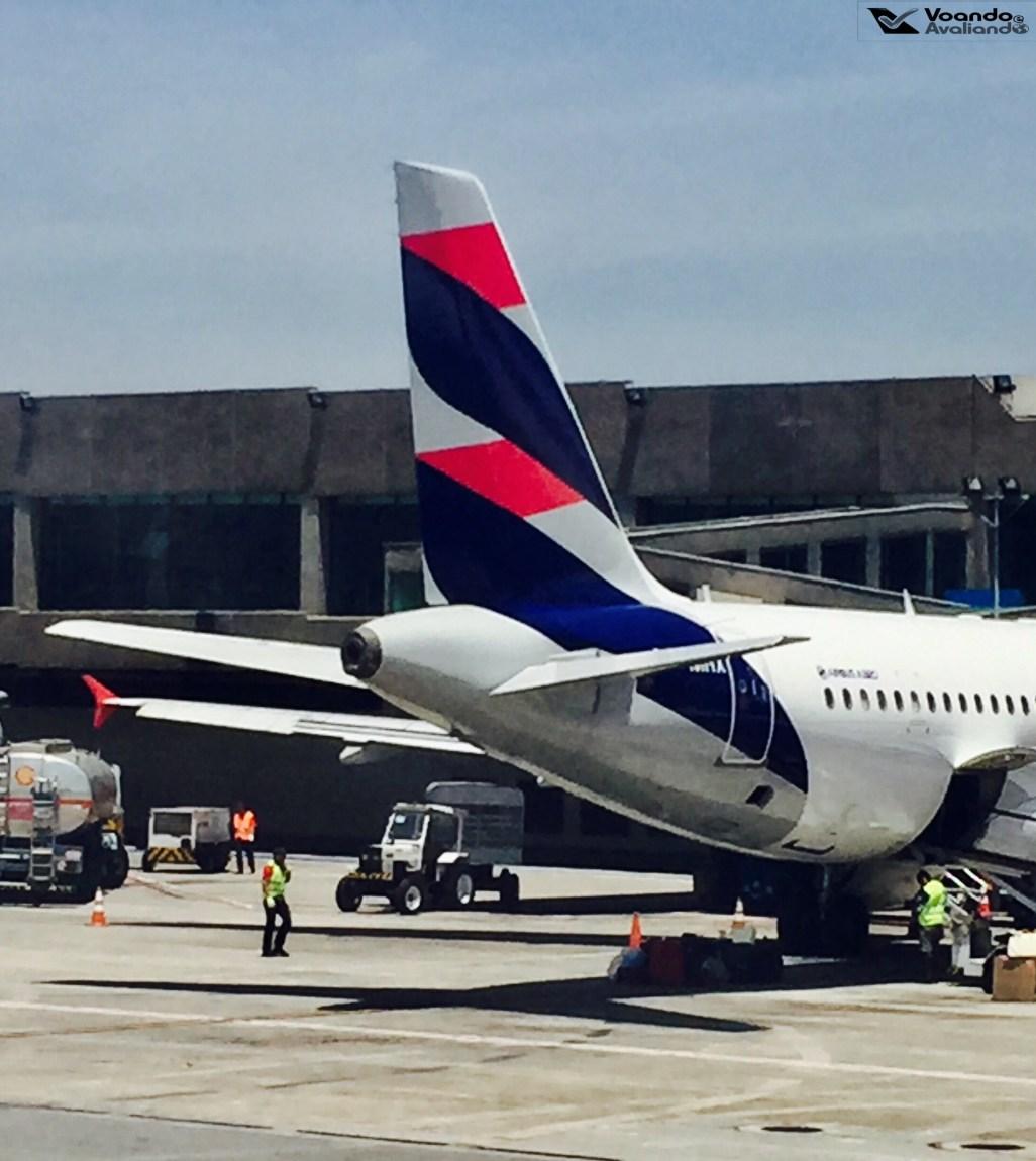 LATAM - A320 - Cauda - CGH