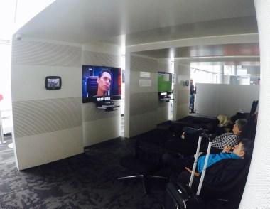 Sala VIP - Avianca - Bogota - Sala TV