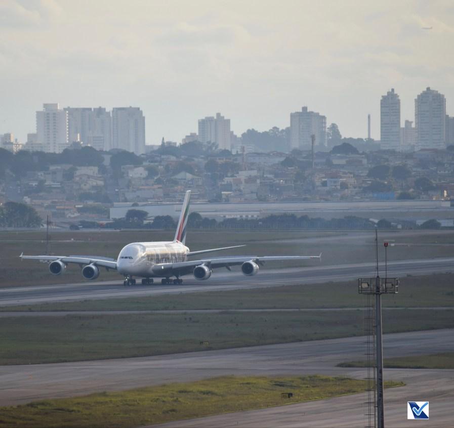 Airbus_A380_GRU (13)