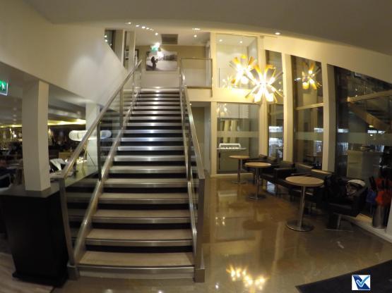 Sala VIP - Star CDG (22)- Escada + Lustres