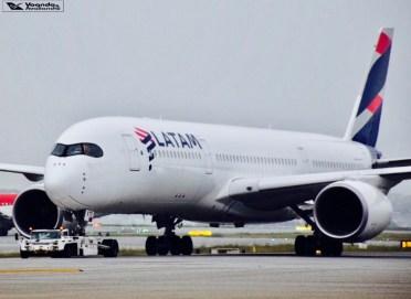 A350_GRU_Taxiando 1