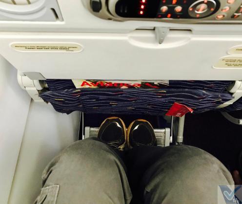 A319 - Avianca - Apoio pés
