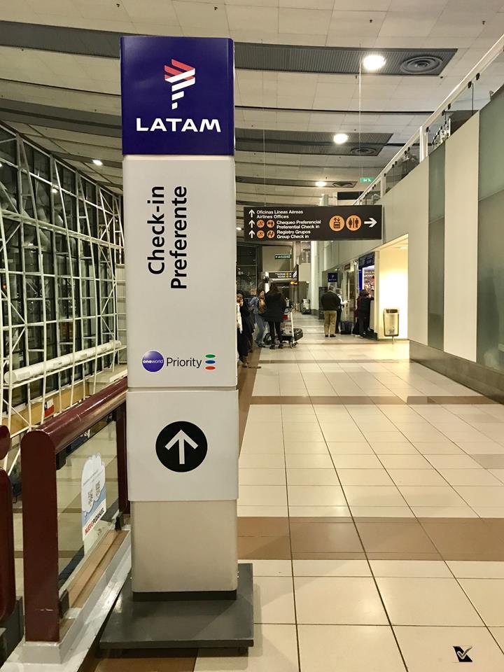 Aeroporto SCL - Placas LATAM 1