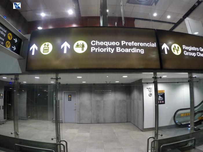 Aeroporto SCL - Placas LATAM 3