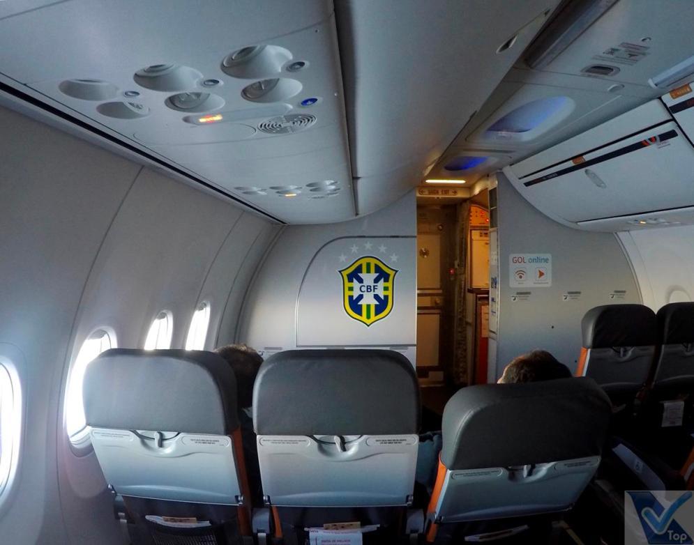 Inside-B737-Gol-Premium-GIG-EZE-3
