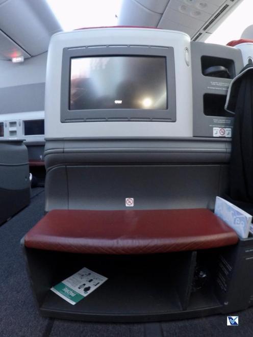 Visão Passageiro - Poltrona Business - LATAM - B787 - SCL AKL