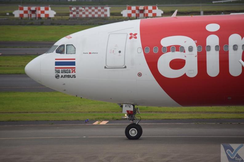 _Air Asia A330 (2)