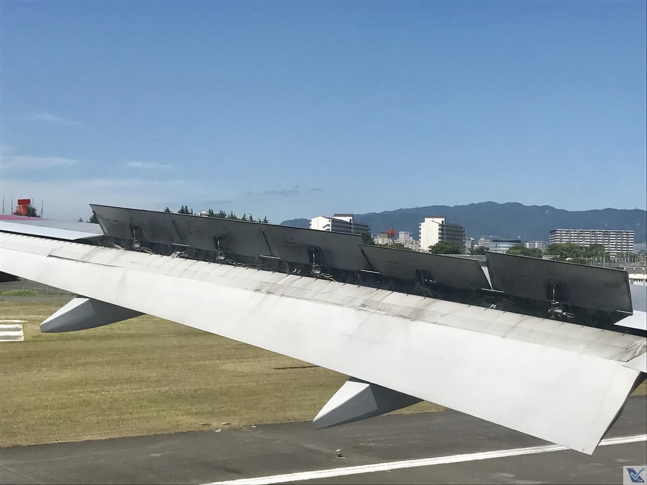 Pouso - Osaka - B777 ANA 2
