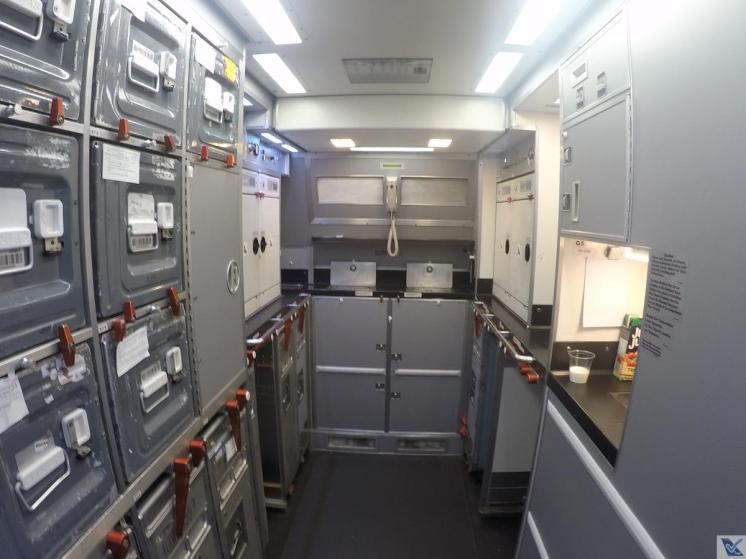 A330-Qantas-Galley-2