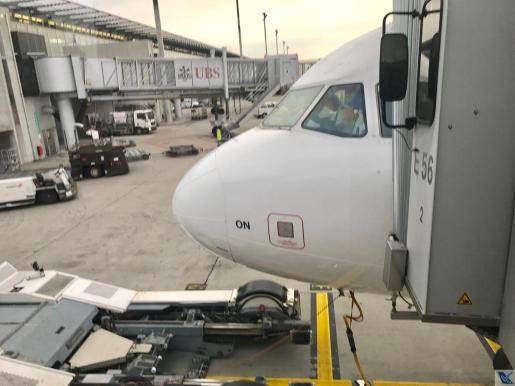 A321 - Swiss - Finger
