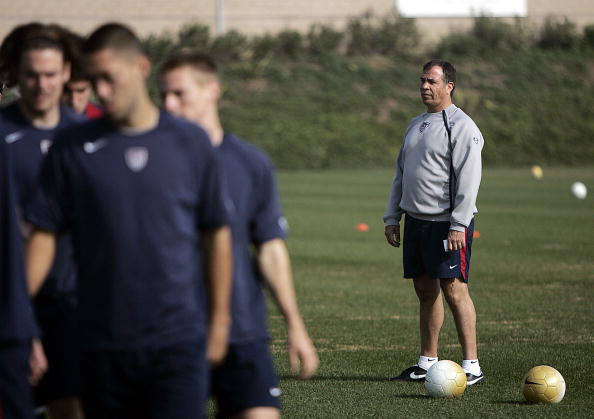 Carson, UNITED STATES: US soccer coach Bruce Arena watches the national team practice 03 February, 2006, during a training session of the US Men's National Soccer Team at their training camp in Carson, California. AFP PHOTO/GERARD BURKHART (Photo credit should read GERARD BURKHART/AFP/Getty Images)