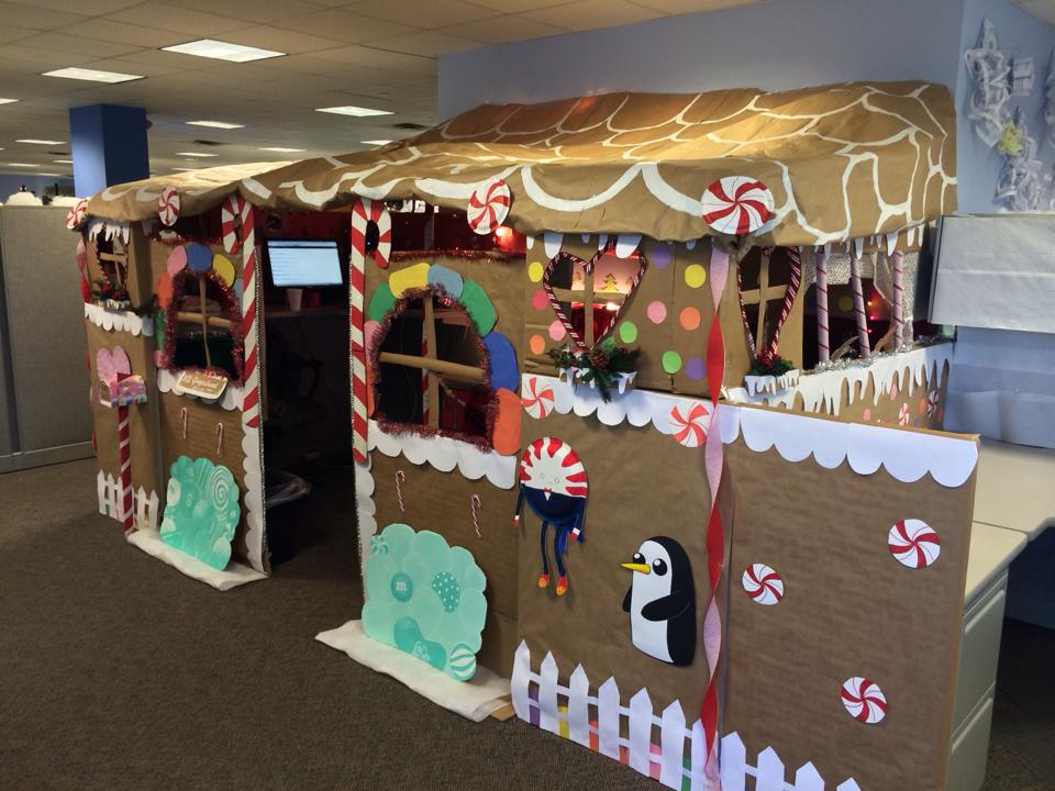 gingerbread-office-workspace-4