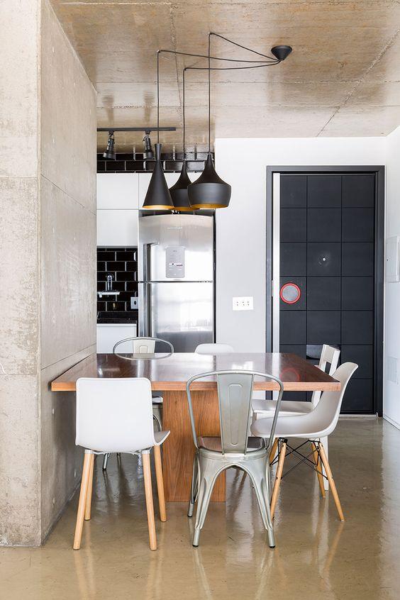 sala-de-jantar-com-cadeiras-diferentes_voceprecisadecor12