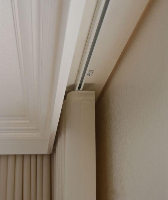 cortina com trilho suiço