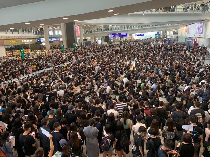 14 fotos de aeroportos que podem surpreender qualquer pessoa