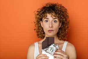 Compulsão por doces? Veja 5 possíveis motivos