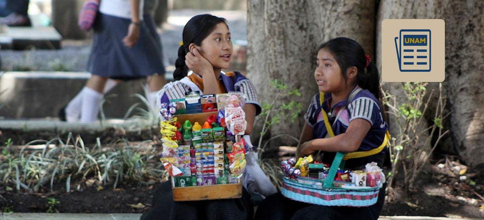 Niñas vendedoras ambulantes. Foto de Fundación UNAM