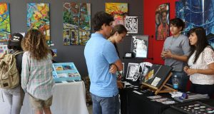 Jóvenes y adultos disfrutaron de las propuestas de artistas independientes en Ponce.