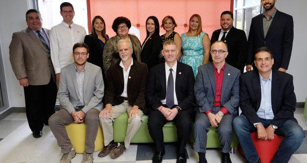 Nueve investigadores que recibieron una subvención de hasta $70,000 por parte del Fideicomiso para Ciencia, Tecnología e Investigación de Puerto Rico.