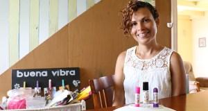 Sara Cristina Rivera Torres, de Coamo, es la creadora de Aceites Kai. (Voces del Sur)