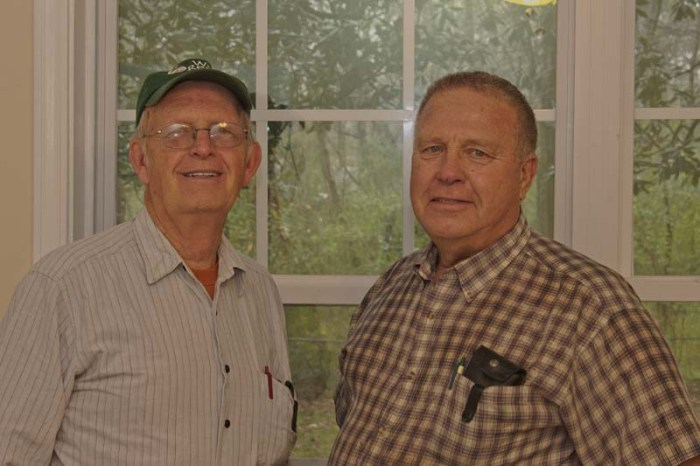 Dale Bakker Left &Marvin Vonk Right contribute their carpentry and general maintenance skills